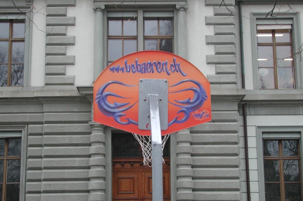 Korb auf dem Matthäusplatz